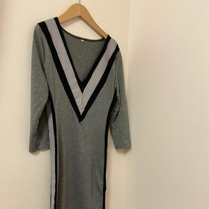 Jersey Dress with long Sleeves.Grey with stripes.S